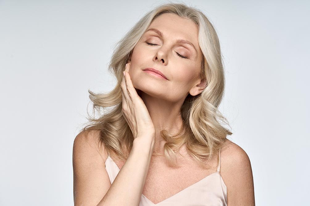 Rajeunissement du visage sans chirurgie : les fils tenseurs